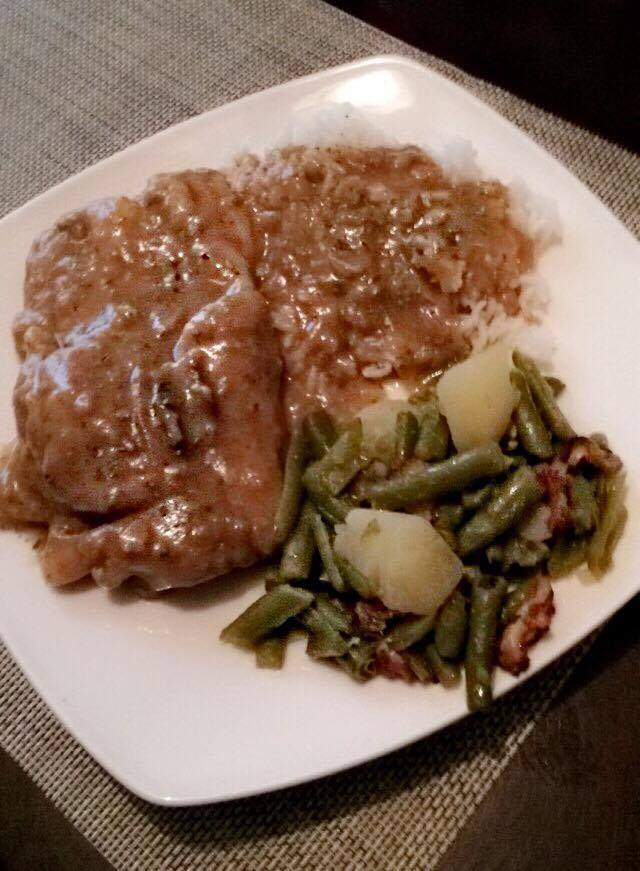 Smothered Pork Chops And Gravy Coop Can Cook